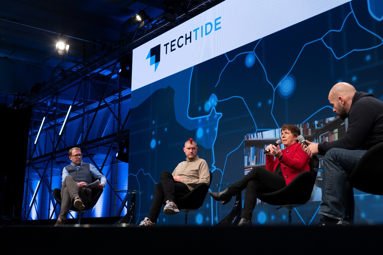 Digitalagentur-Techtide-2020-Buehne-Muhle-Lobo.jpg – Digitalagentur Niedersachsen