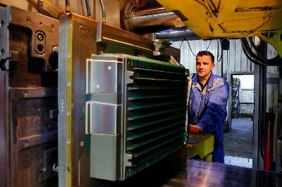 leda__0207.jpg - LEDA Werk GmbH und Co. KG