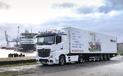 LKW (4 von 7).jpg - Emder Schiffsausrüstungs AG