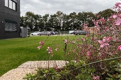 6mitarbeiterparkplatz.jpg - MDSI IT Solutions GmbH