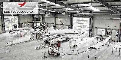 produktionshalle-2-1.jpg - M&D Flugzeugbau GmbH & Co.KG