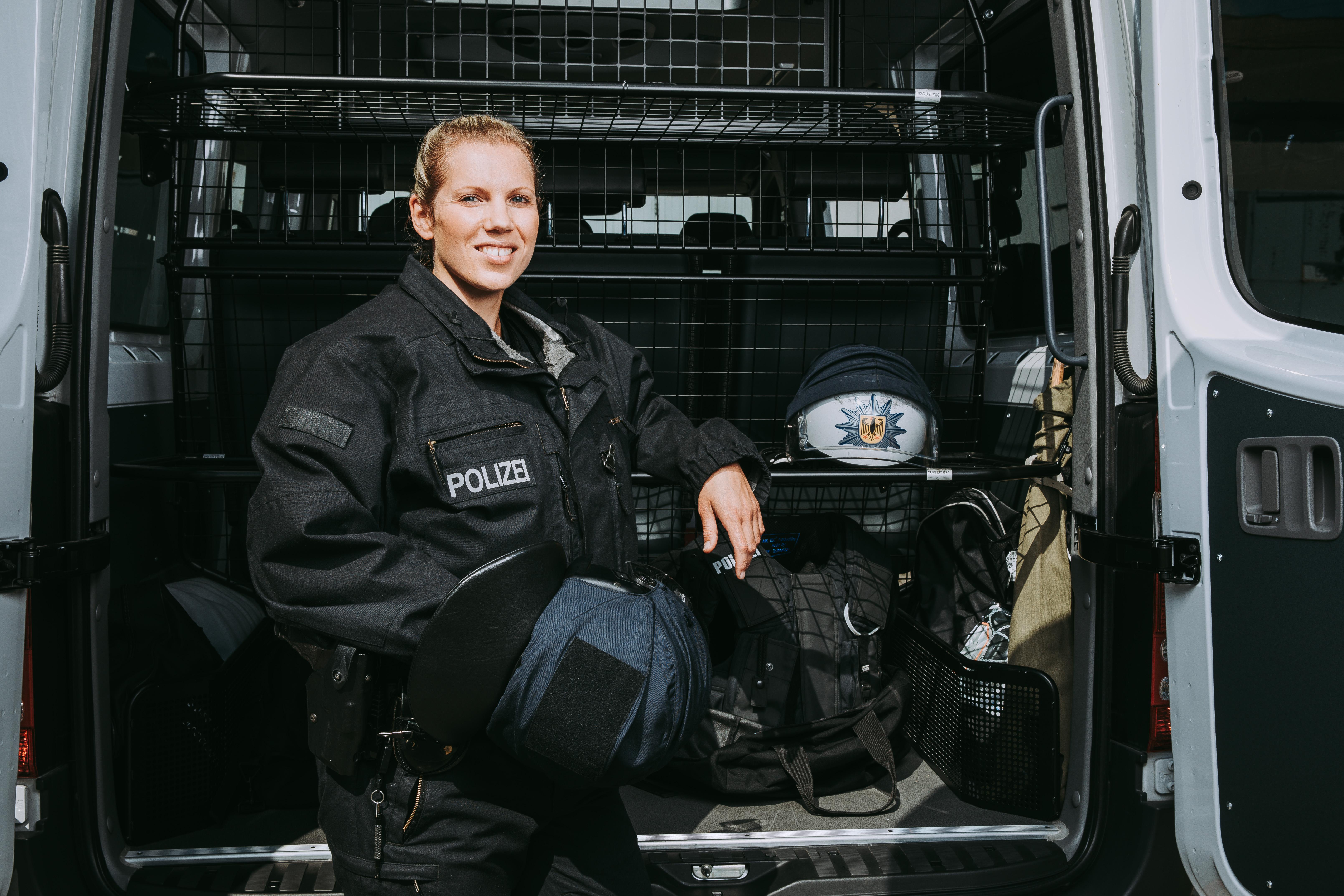 BPOL_Bereitschaft_Drewitz_Imagefilm19.jpg – Bundespolizei, Einstellungsberatung Bunde