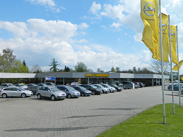 Firmenansicht HIRO Leer.jpg – HIRO Automarkt GmbH