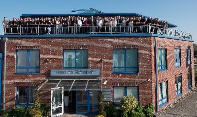 2018_Gruppenfoto1.jpg - Sandersfeld Sicherheitstechnik GmbH