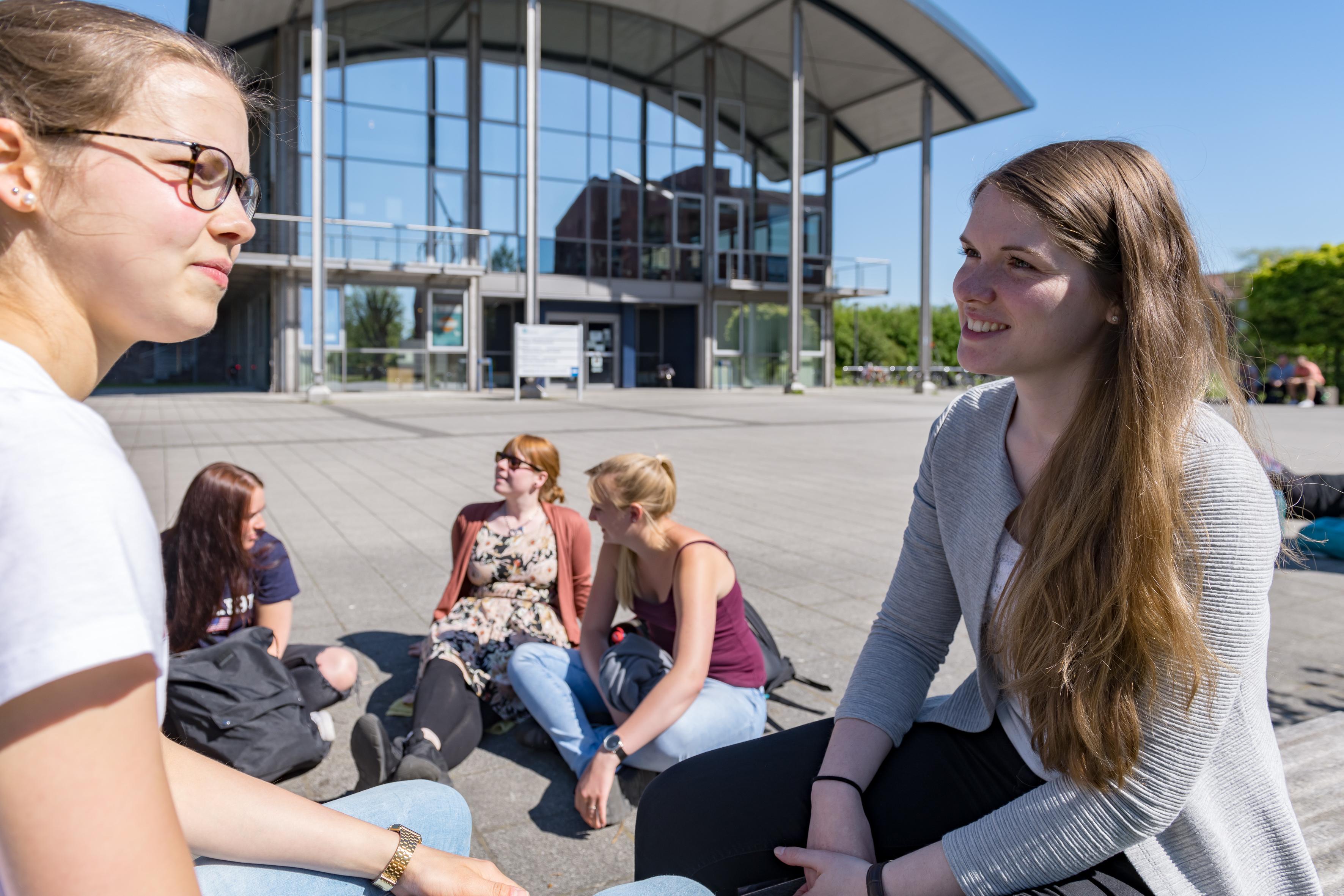 MRS_3931.jpg – Hochschule Emden/Leer