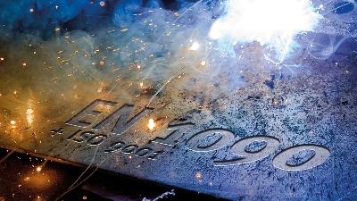 200812_ISO_9001_13-01-18 Ihnen Aurich Unternehmenspräsentation.jpg - Stahl- und Metallbau Ihnen GmbH & Co. KG