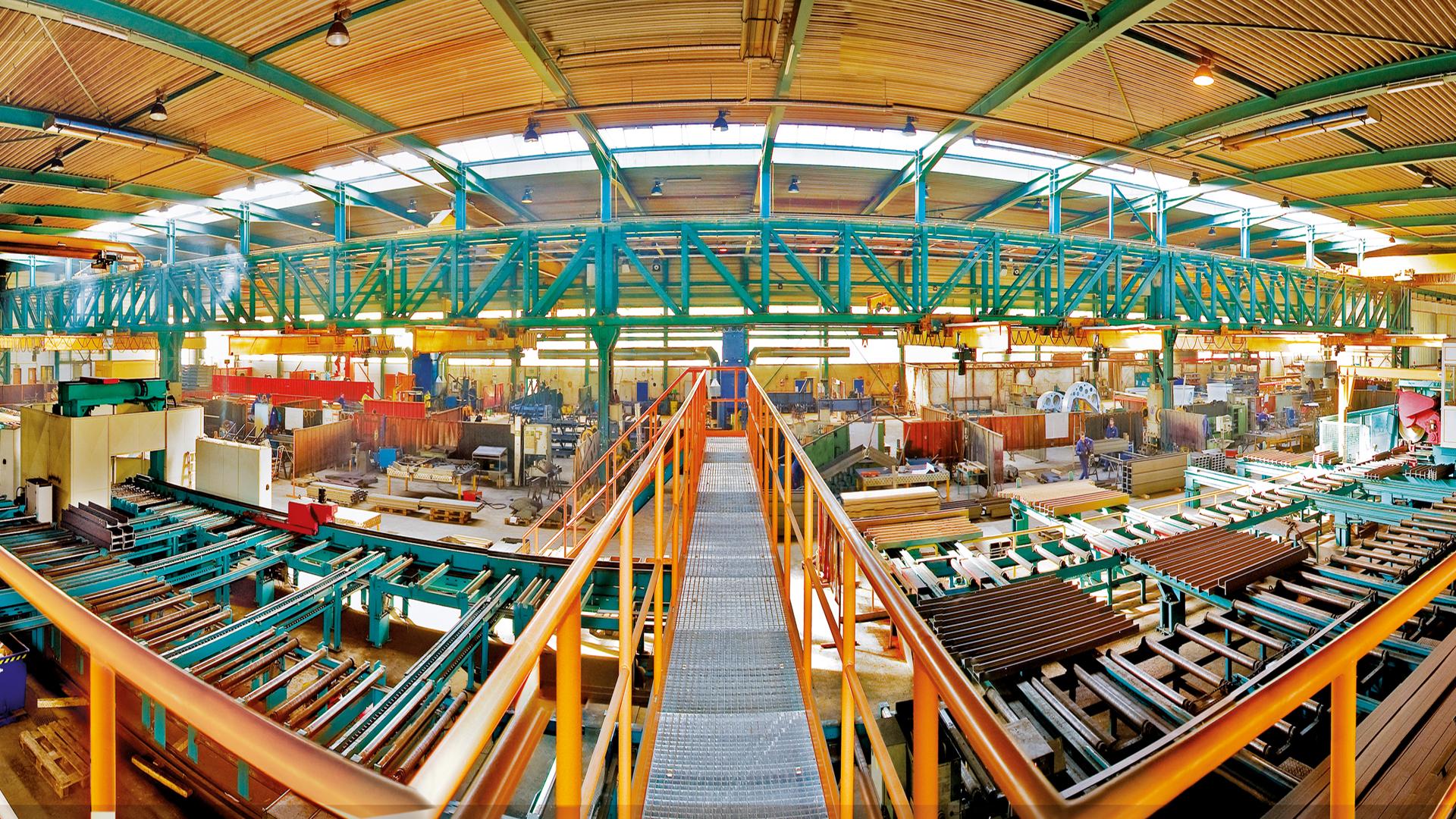 200812_Panorama_Halle_1_13-01-18 Ihnen Aurich Unternehmenspräsentation.jpg – Stahl- und Metallbau Ihnen GmbH & Co. KG