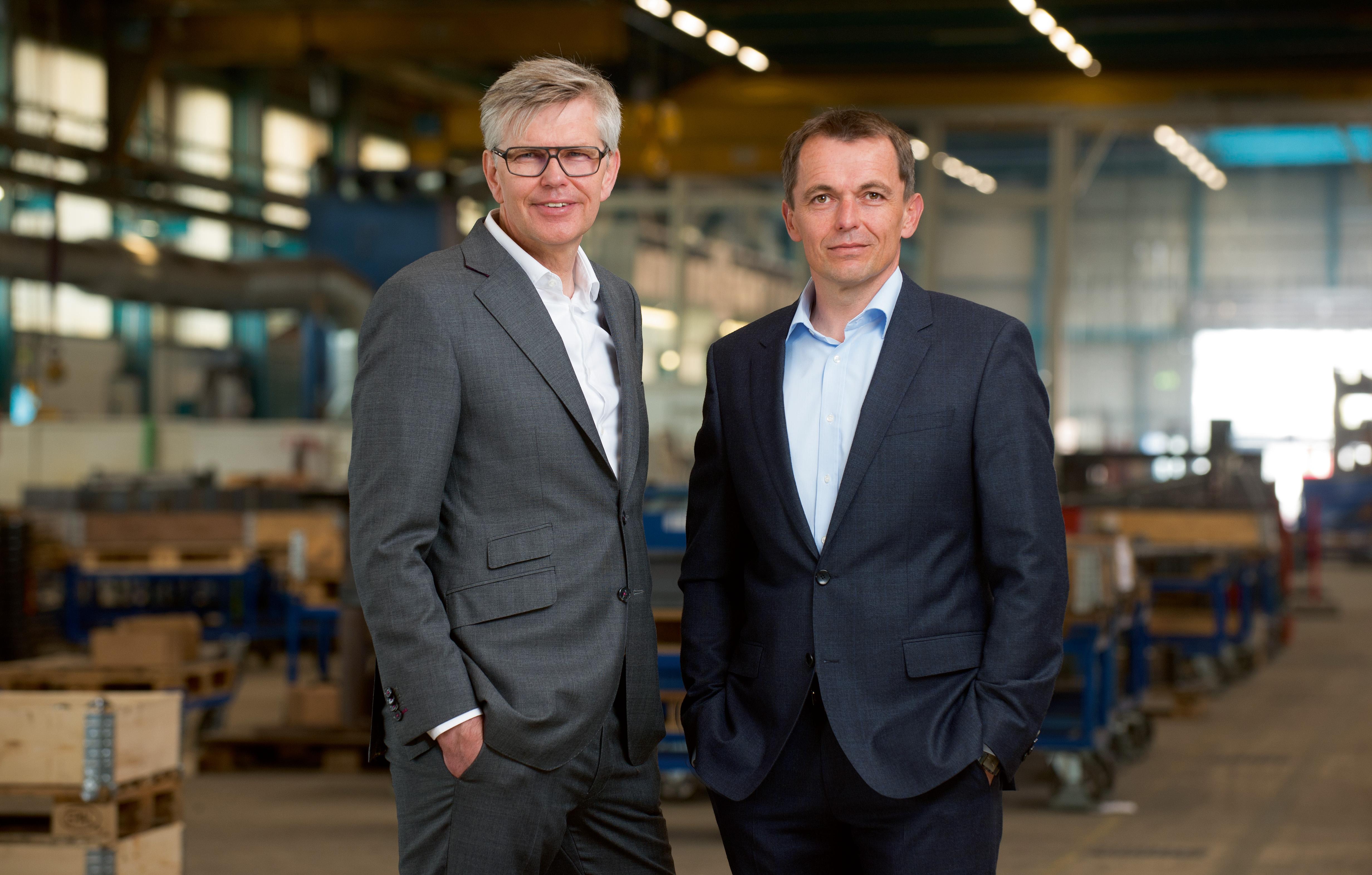 Ihnen__DSC8364 thomas und willm.jpg – Stahl- und Metallbau Ihnen GmbH & Co. KG