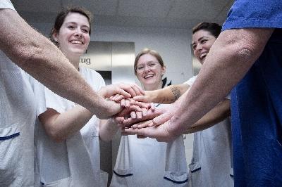 teamwork_9742.jpg - Ubbo-Emmius-Klinik